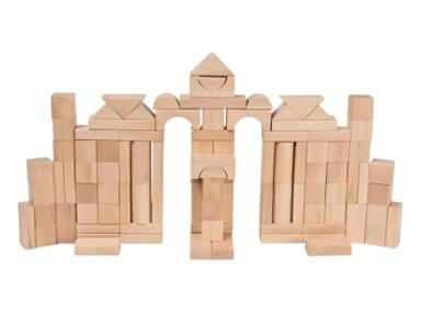 100 byggeklosser av tre