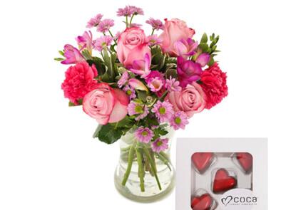 Blomsterbukett full av kjærlighet